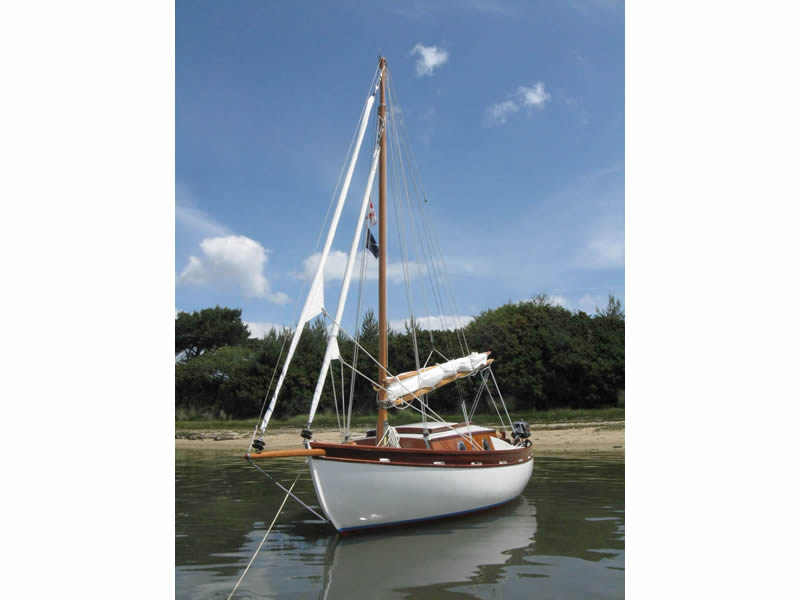 Willow Bay Boats. 'Shilling' 2/2