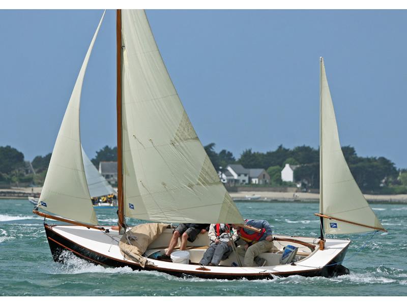 Swallow Boats. Bay Raider 1/3