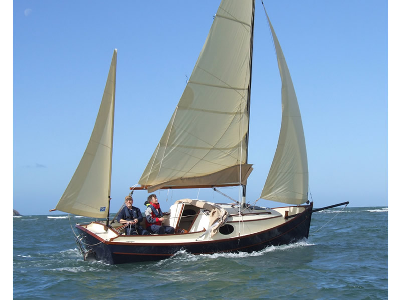 Swallow Boats. Bay Cruiser