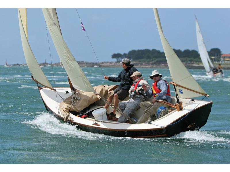 Swallow Boats. Bay Raider 2/3